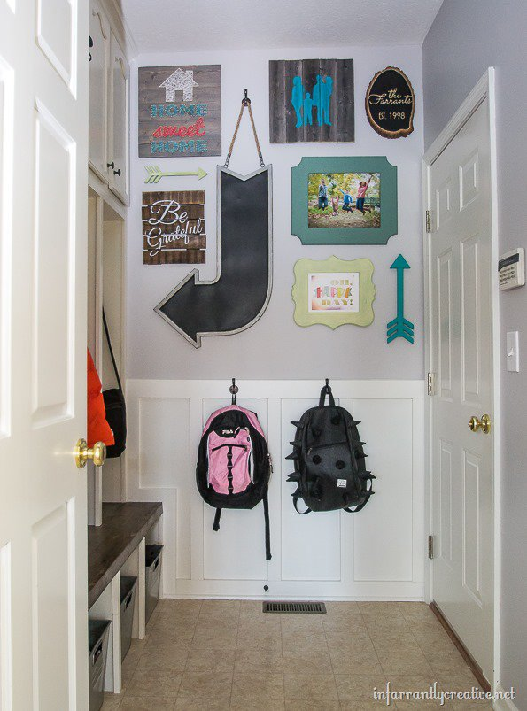 mudroom-gallery-arrows