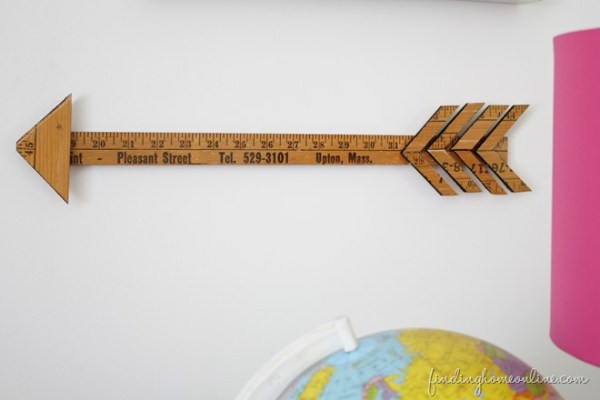 Vintage-Yardstick-Arrow