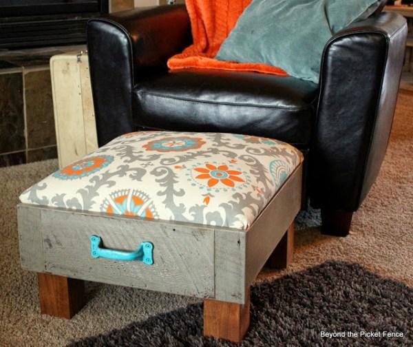 drawer-ottoman