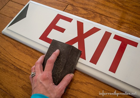 how to make an exit sign