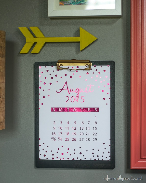 pink-foiled-calendar