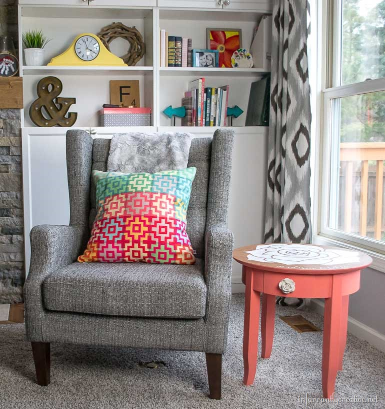 coral end table with rose top