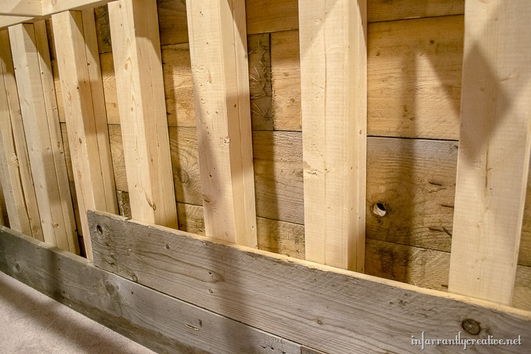 Man Cave Wood Pallet Bar Free DIY Plans Infarrantly Creative