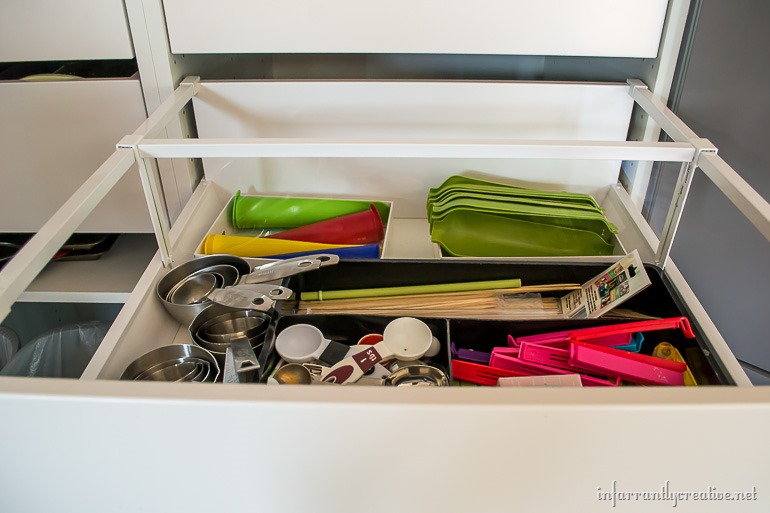IKEA-sektion-pull-out-drawers