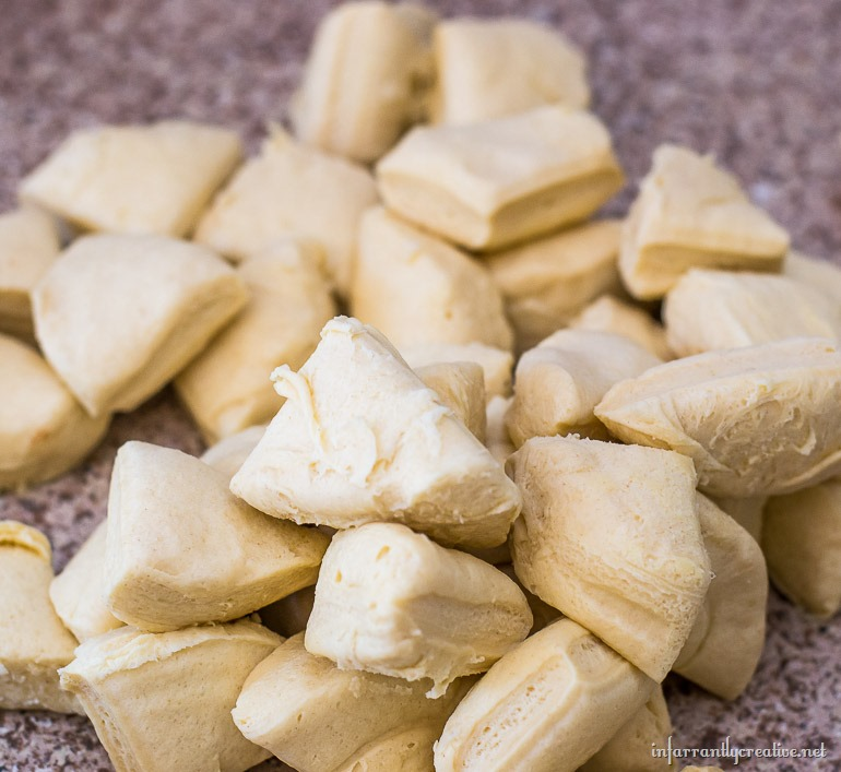 making-monkey-bread