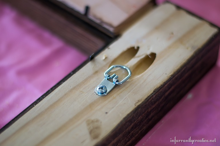 picture frame hanging rings