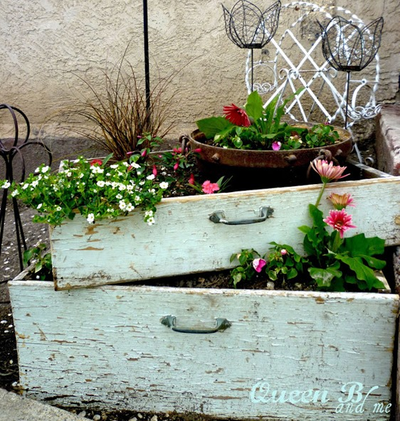 Use old drawers as flower boxes!