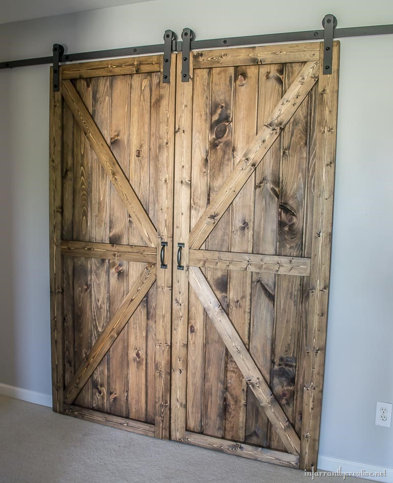 diy sliding double barn doors reclaimed wood infarrantlycreative. Black Bedroom Furniture Sets. Home Design Ideas