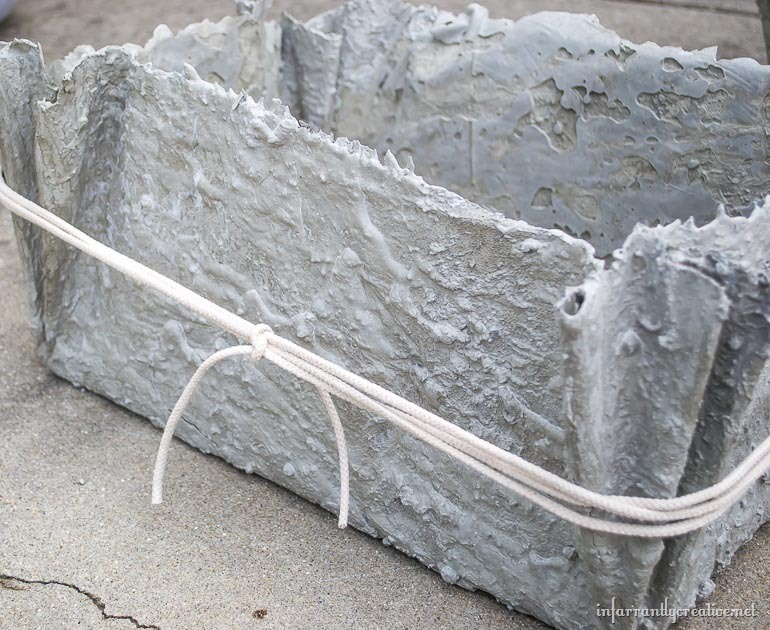 concrete-planters-with-fabric