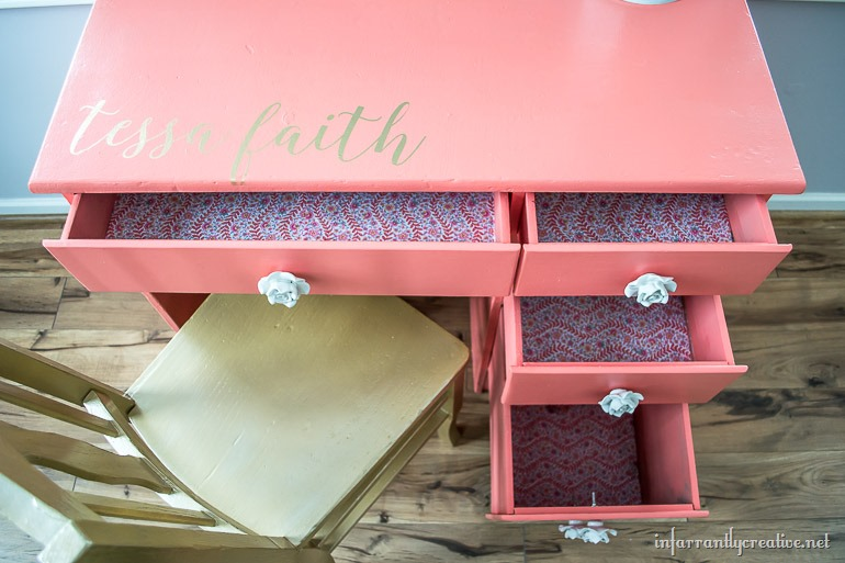 coral-desk