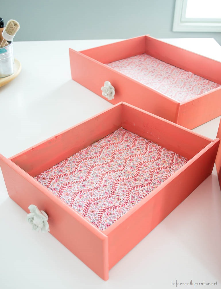 mod-podge-drawer-liner