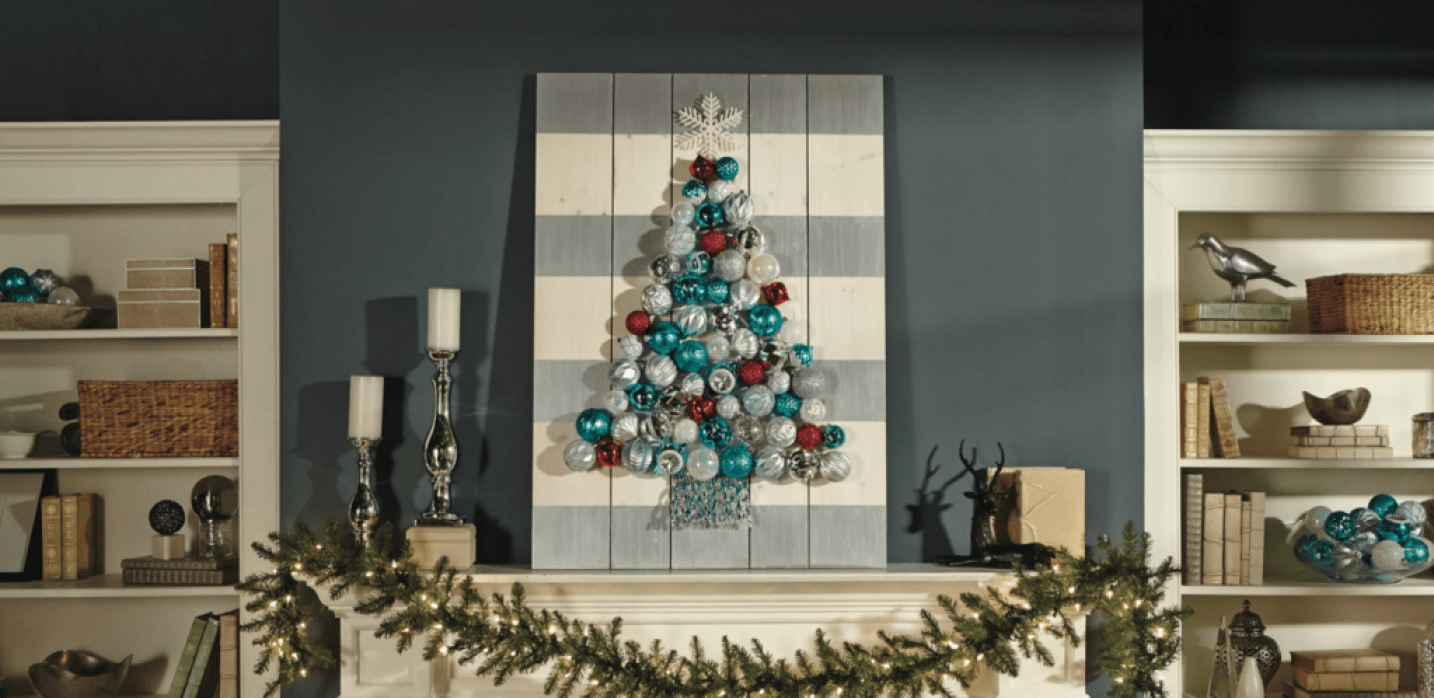 dih-holiday-ornament-display