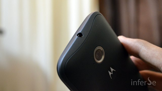 Moto E - Top-Back