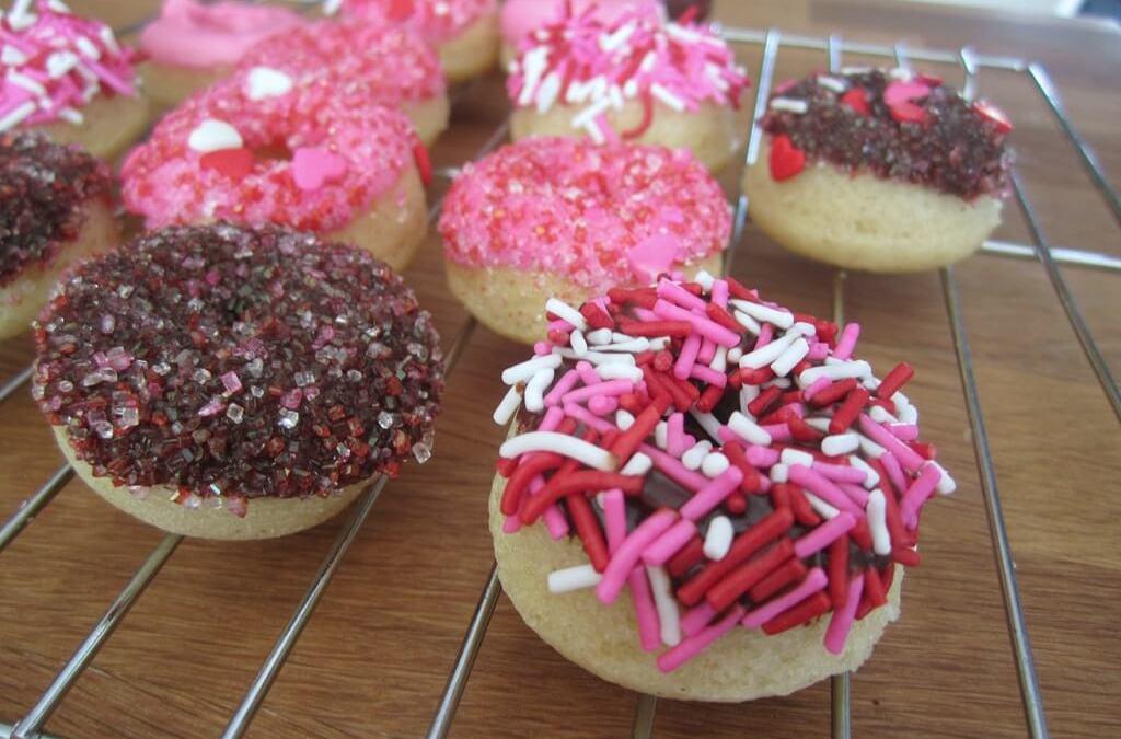 Be My Valentine: Mini Vegan Doughnuts