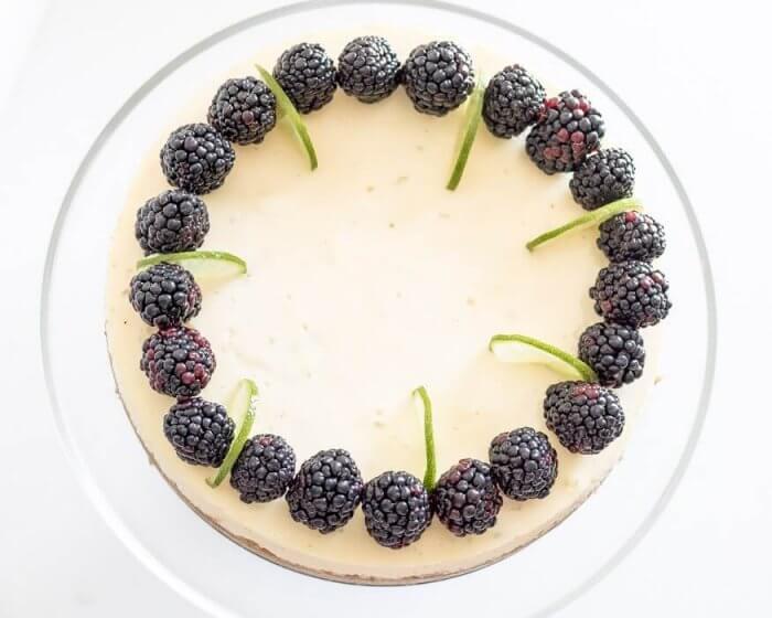 Key Lime Pie Cheesecake | The infinebalance food blog #recipe