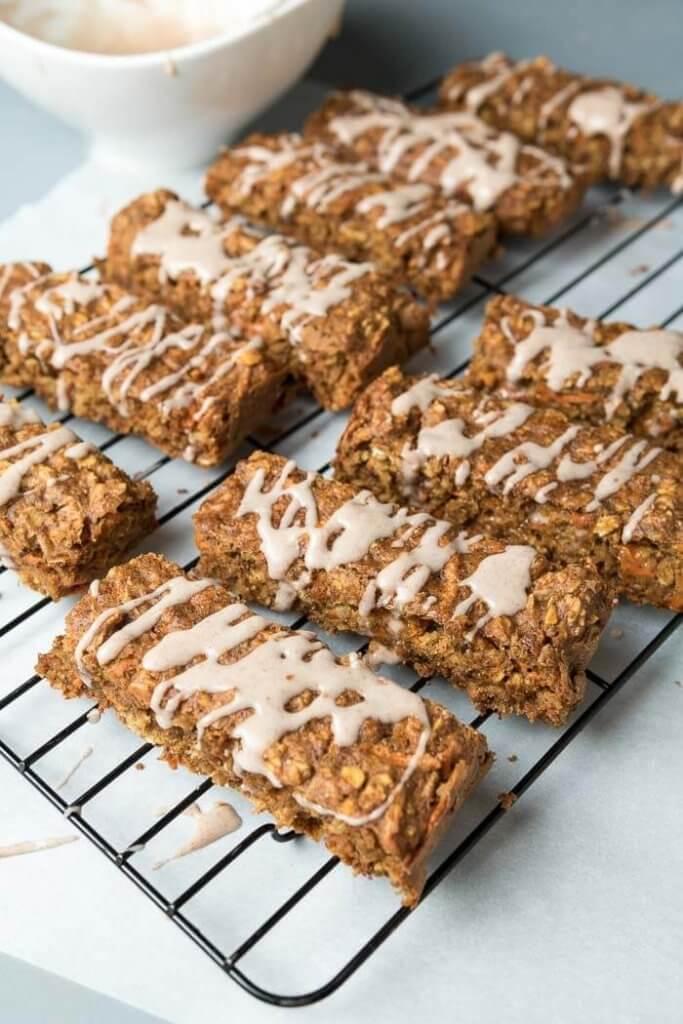 Carrot Cake Breakfast Bars | the infinebalance food blog
