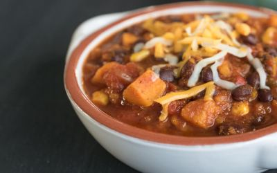 Easy Sweet Potato Black Bean Chili {Instant Pot Recipe}