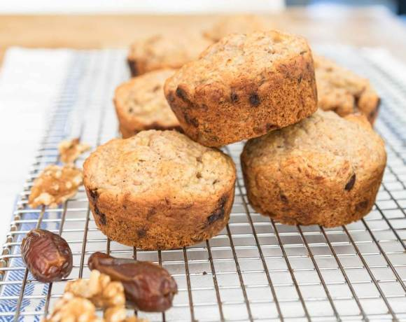 banana muffins with dates and walnuts