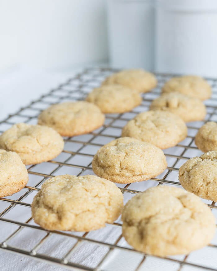 brown sugar crinkle cookies on a cooling rack