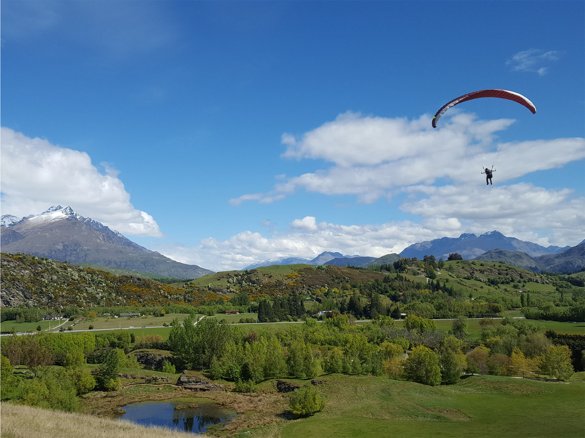 Infinity paragliding_learn to fly_Paragliding Queenstown_Advance paragliders_school_New Zealand_Queenstown_ground handling
