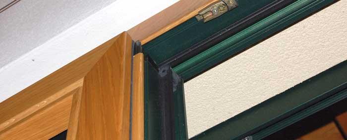 Pro e contro dei serramenti in legno x interni di casa