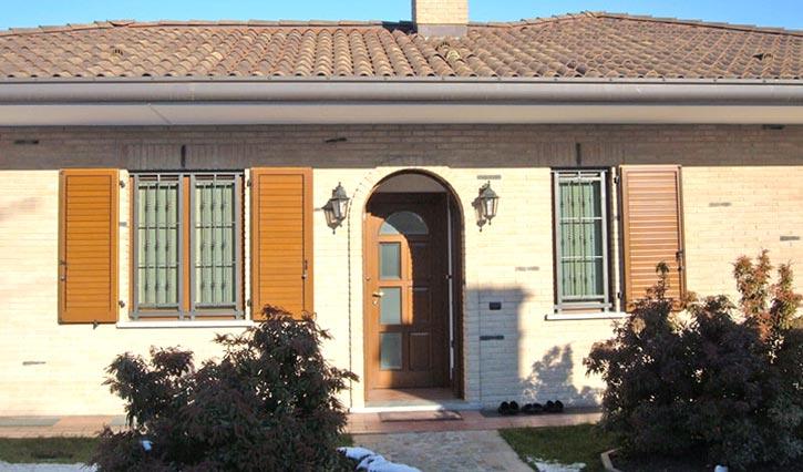 Inferriate finestra villa Lodi