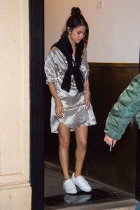 https://www.elle.com/fashion/celebrity-style/g28609/celebrities-wearing-pjs/?slide=53
