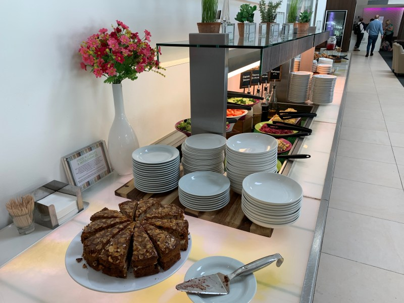 Galleries Club Lounge Buffet