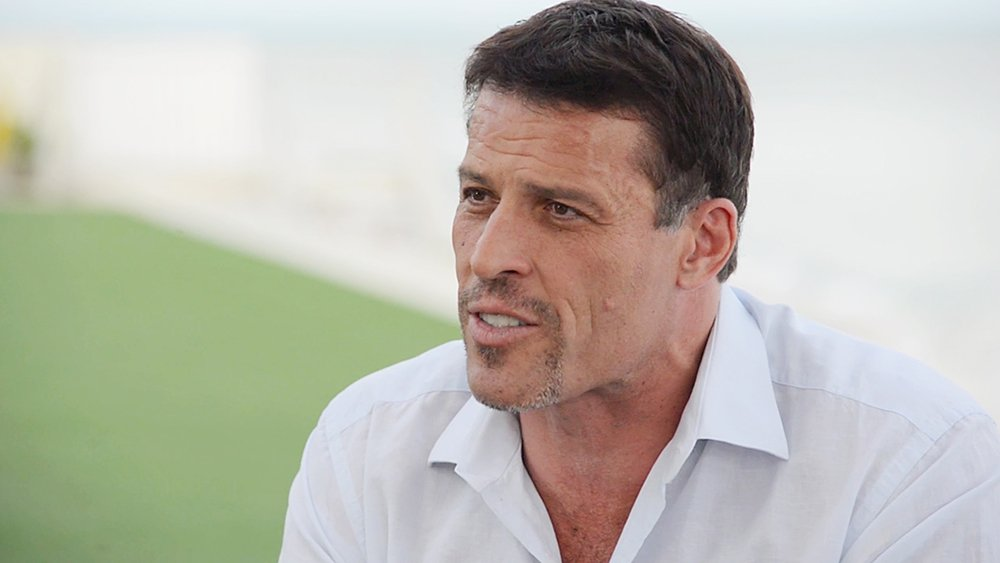 12 lessons learned from spending hundreds of hours with Tony Robbins