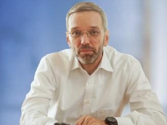 Interview mit Herbert Kickl über den Fachkräftemangel, Asyllehrlinge und über die demografische Entwicklung Österreichs.