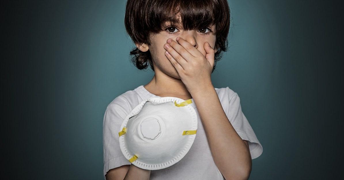 Todesfälle durch Corona-Maske: So können Sie im Notfall helfen!