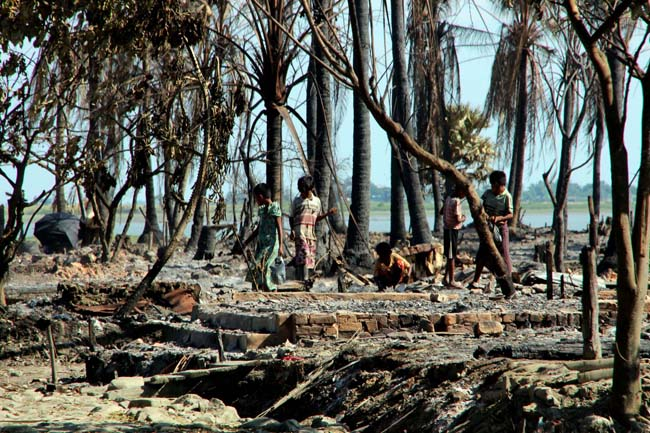Thaïlande : des camps de détention pour les Rohingyas 1