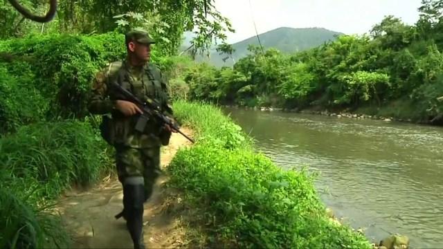 Un soldado venezolano en la frontera