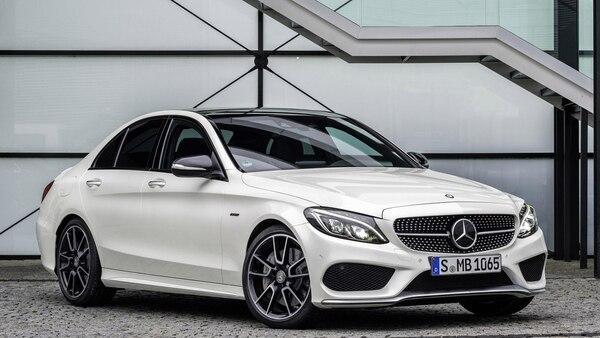 El Mercedes-Benz Clase C será uno de los modelos que bajará de precio esta semana