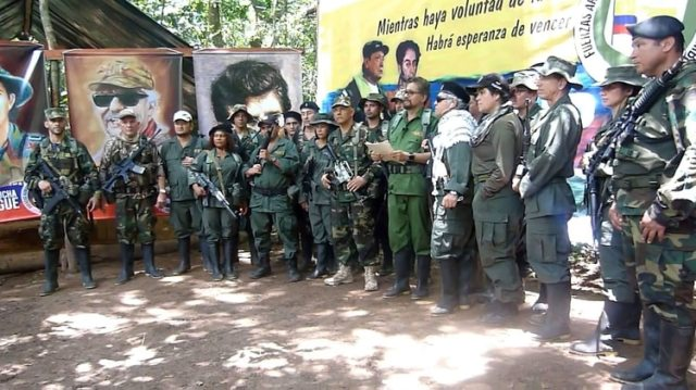 Una facción de las FARC anunció que vuelve a las armas