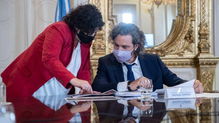 Reunión del gobierno nacional con los especiales por la segunda ola de coronavirus
