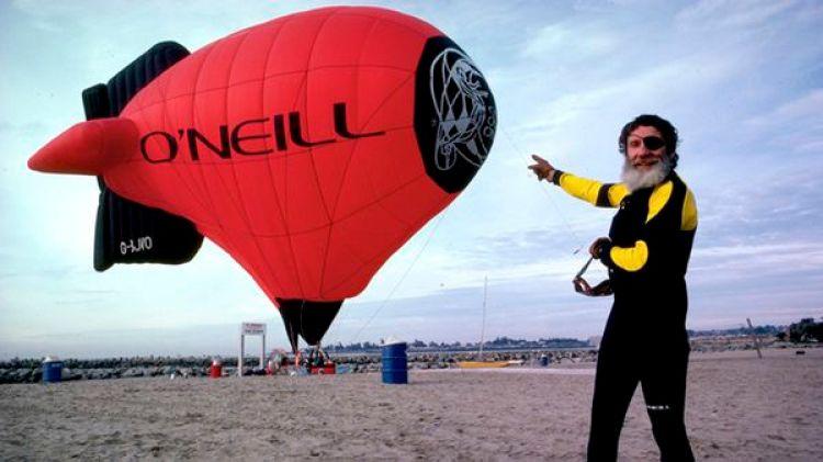Jack tuvo una vida de aventura y dejó su nombre grabado para siempre navegando en el mar (O'Neill Argentina)
