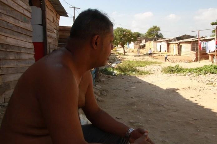 Uno de los venezolanos que reside en la Villa Caracas de Barranquilla (fotos: Jesús Ivanov Díaz)