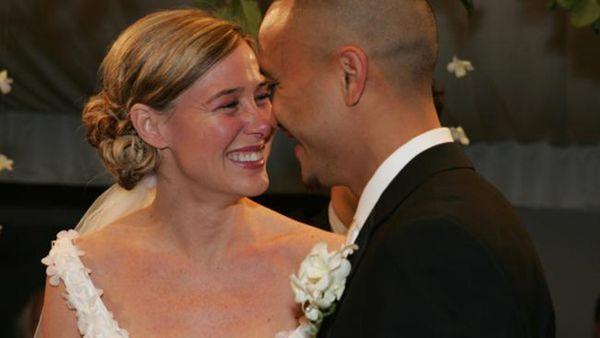 Un año después de que fuera liberada, ambos decidieron casarse. Él ya era mayor de edad y ambos tenían dos hijas juntos (AP)