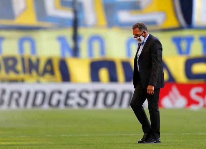 Russo y un rompecabezas: 10 jugadores faltarán al debut por Copa (REUTERS/Agustin Marcarian)