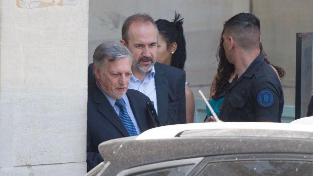 Juan José Aranguren en Comodoro Py luego de declarar en indagatoria. Hoy fue procesado (Adrián Escandar)