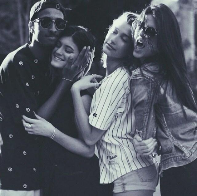 Hailey junto a Kendall y Kylie Jenner (Instagram Hailey)