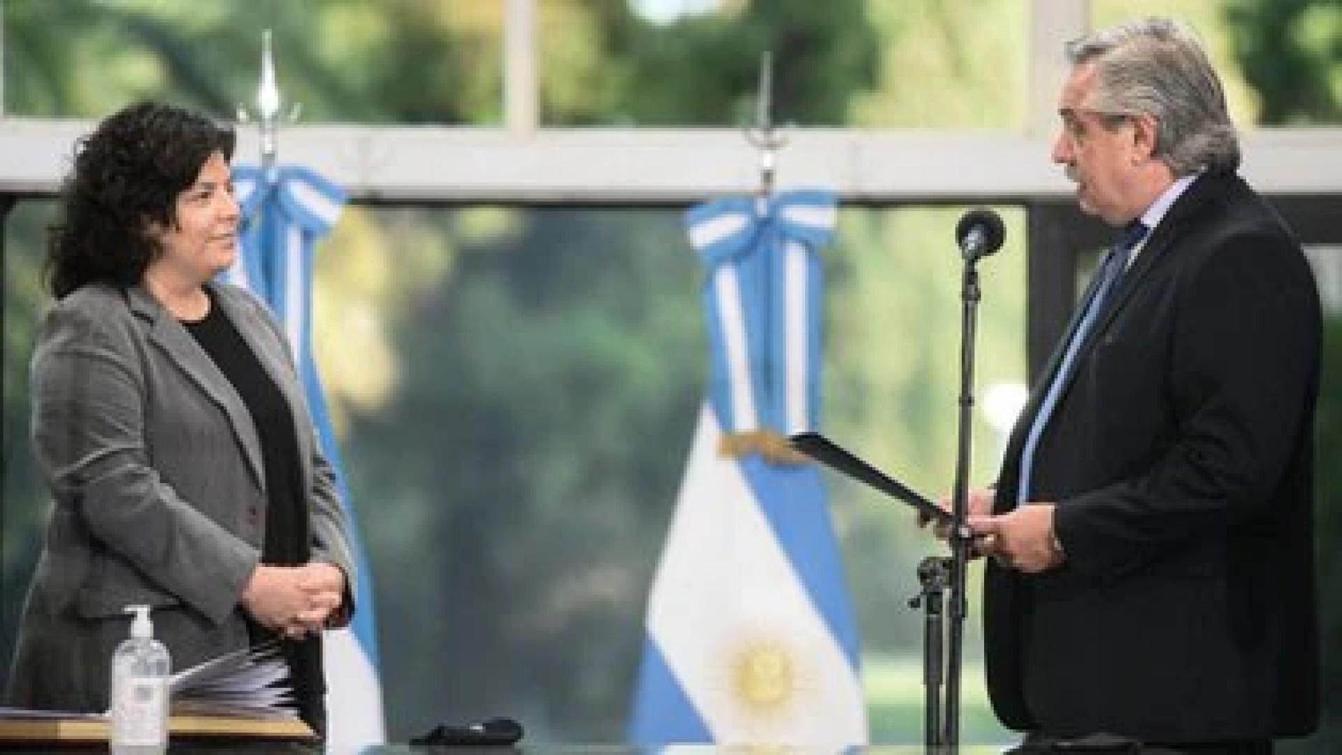 Alberto Fernández toma juramento a Carla Vizzotti como ministra de Salud en reemplazo de Ginés González Garcia