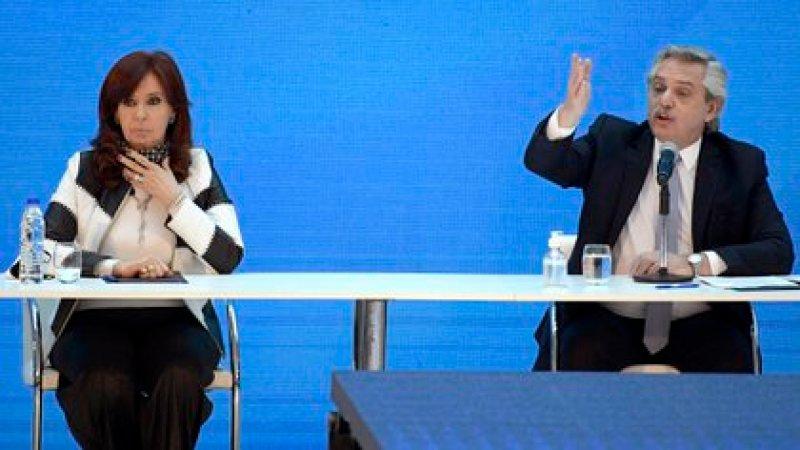Alberto Fernández junto a Cristina Kirchner (Photo by Juan MABROMATA / AFP)