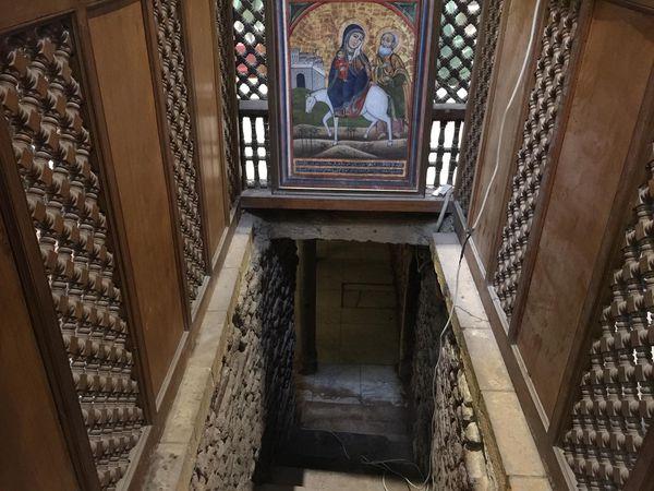 La entrada a la gruta de la Sagrada Familia, en la Iglesia San Sergio
