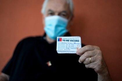 El presidente chileno Sebastián Piñera se vacunó e viernes pasado, respetando el calendario