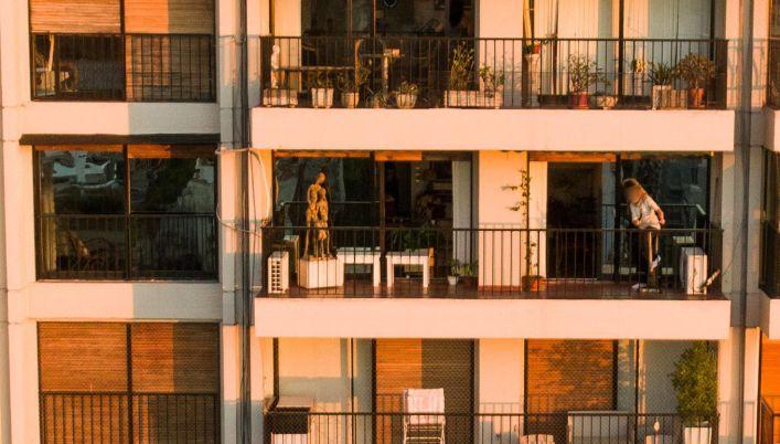 El 96% de los encuestados está pasando la cuarentena en su vivienda habitual y el 43,5% declaró que hay al menos una persona de grupo de riesgo en el hogar
