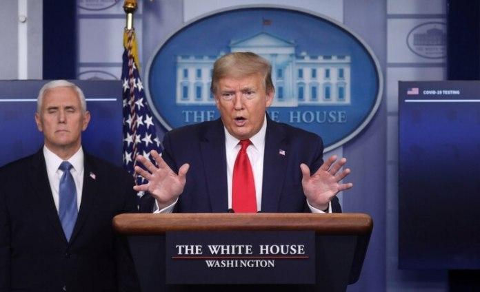 Mike Pence lidera el grupo de tareas para luchar contra el coronavirus del gobierno de Trump (Reuters)