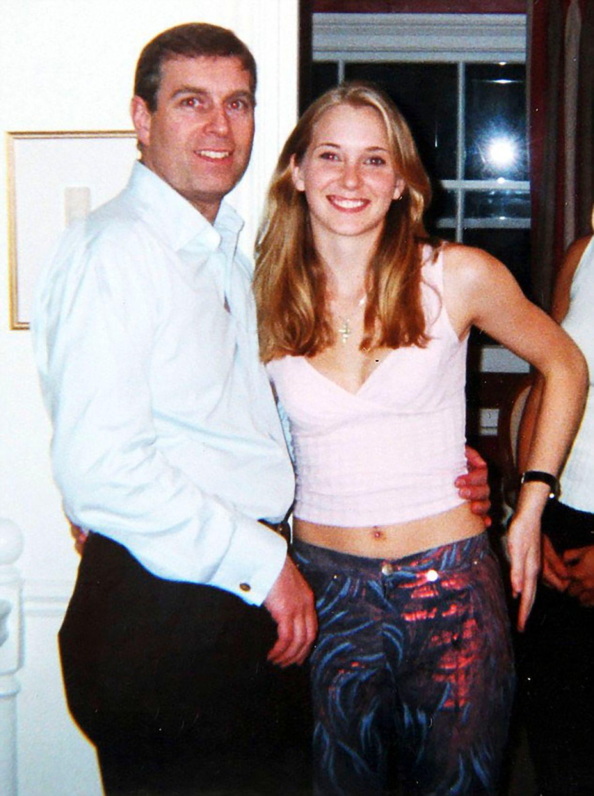 El príncipe Andrés y Virginia Roberts (now Giuffre)