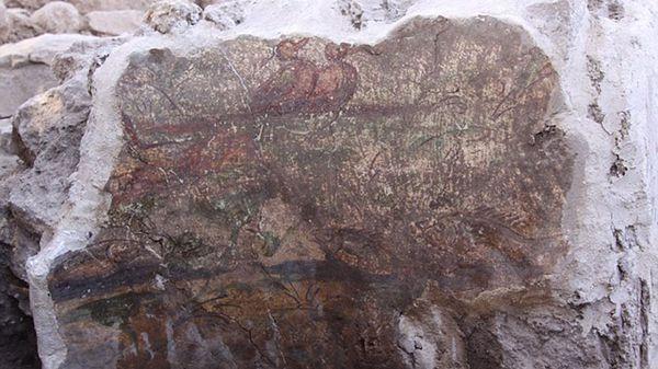 Algunas de las pinturas halladas en las paredes de la casa